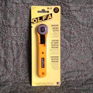 olfa 28ml cutter